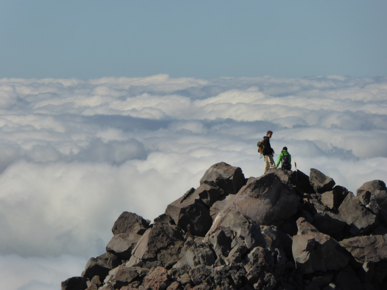 ber-den-Wolken-nahe-Fanthams-Peak-Mt-Taranaki-Nordinsel